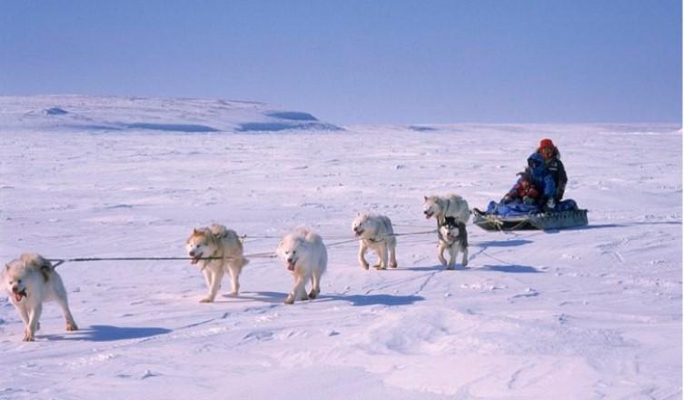 Lanh-tho-Nunavut-Canada