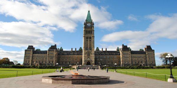 parliament-hill-o-thu-do-canada