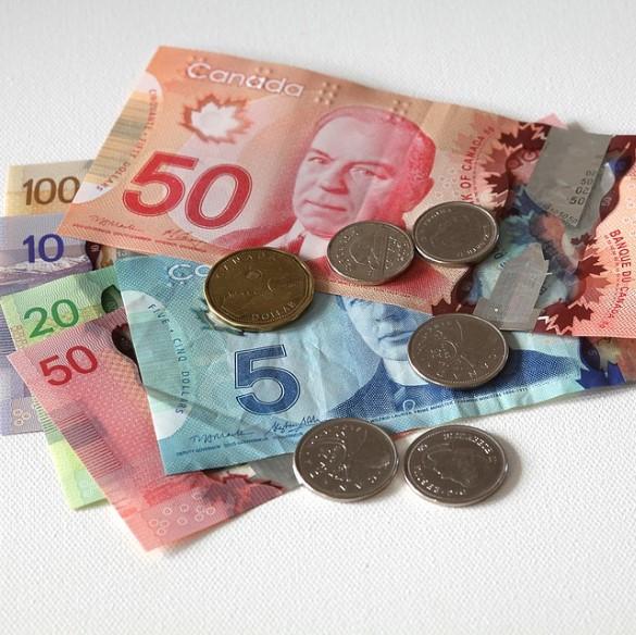 Bạn có biết 1 đô la Canada bằng bao nhiêu tiền Việt Nam?