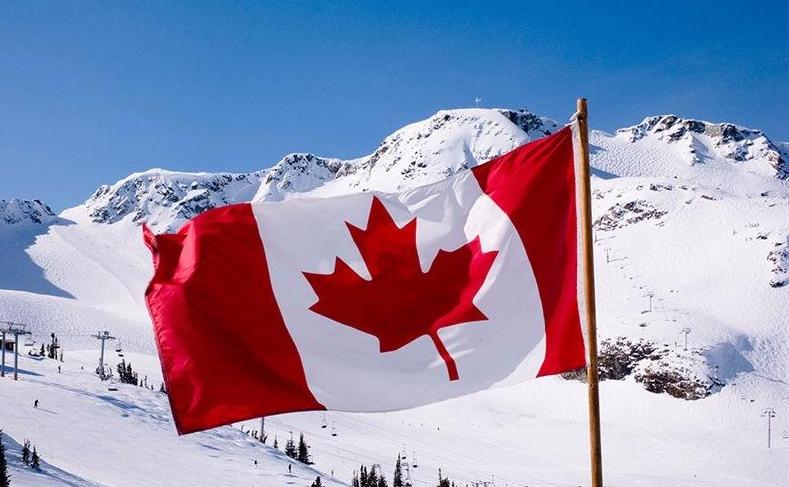 Áo ấm Canada và kinh nghiệm vượt qua mùa đông của du học sinh