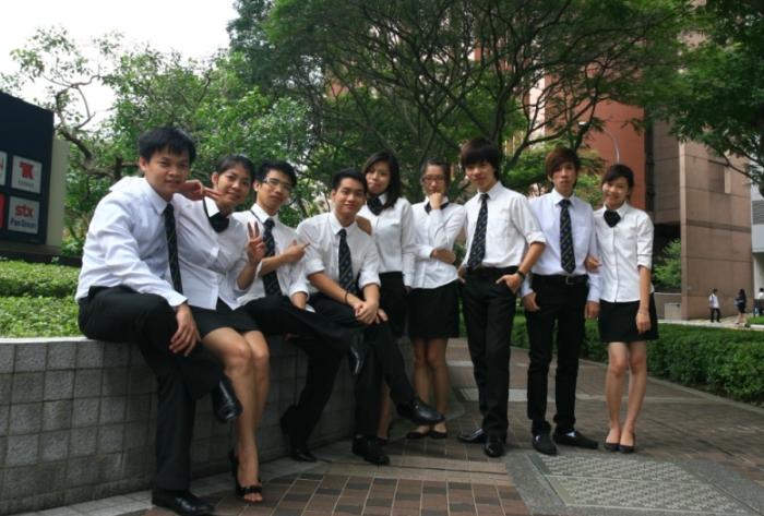 du-hoc-singapore-du-lich-khach-san