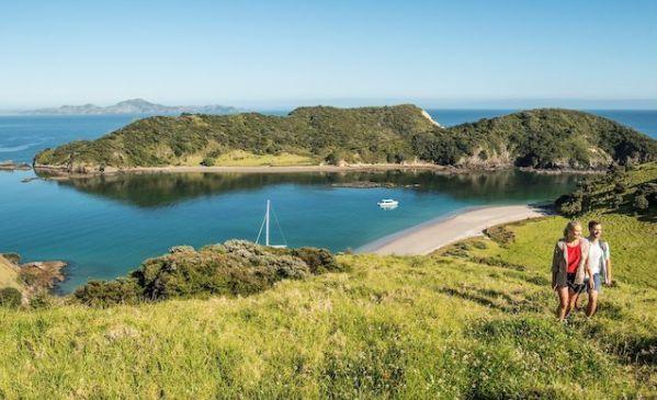 bay-of-island-new-zealand