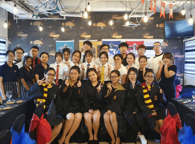 truong-shrm-singapore-va-chuyen-gia